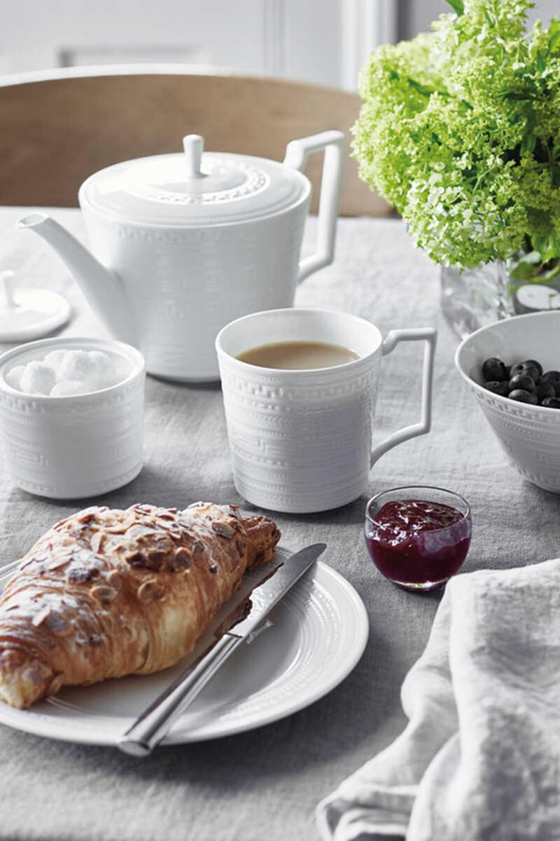 Intaglio Tea Saucer image number 2