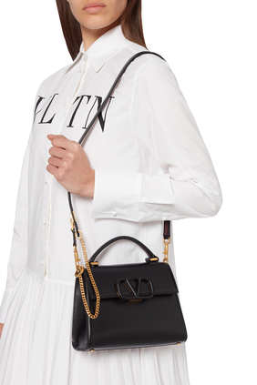 NEW: VSLING TOP HANDLE BAG WITH STRAP AND TONE-ON-TONE LEATHER HARDWARE IN SMOOTH LEATHER:BLK:One Size
