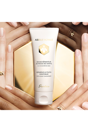 Abeille Royale Repairing and Youth Hand Balm