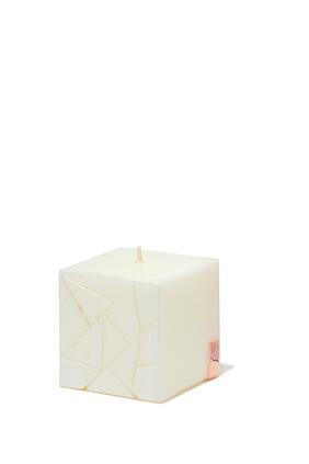 Moment Douillet Medium Cube Candle