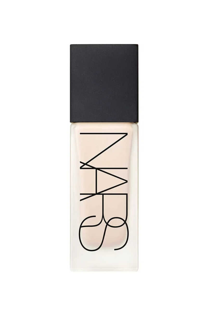 All Day Luminous Weightless Foundation image number 1